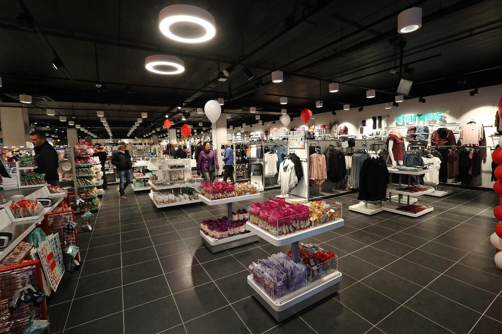 Badkamer Accessoires Hema : Hema bouwt alle winkels om naar internationale formule