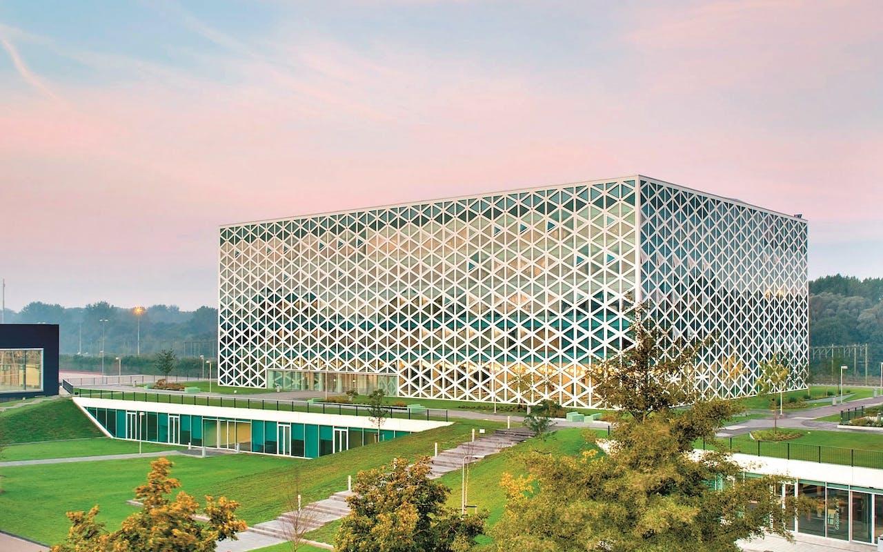 Gebouw X, een ontwerp van architectenbureau Broekbakema voor Hogeschool Windesheim.