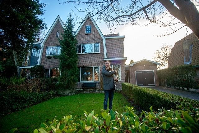 12-12-2018, Santpoort Zuid Huis te koop, Brederoodseweg 85Santpoort Zuid. Bewoner: Robin Heinz. Fotografie: Jacqueline Dubbink