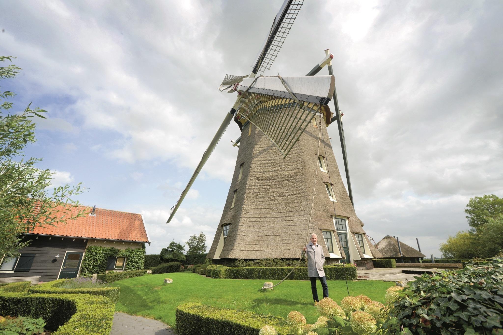 Groene Hart Huizen : Monumentale molen midden in het groene hart