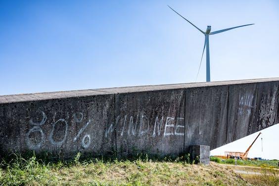 De wind van voren: protest tegen Windpark De Drentse Monden en Oostermoer.