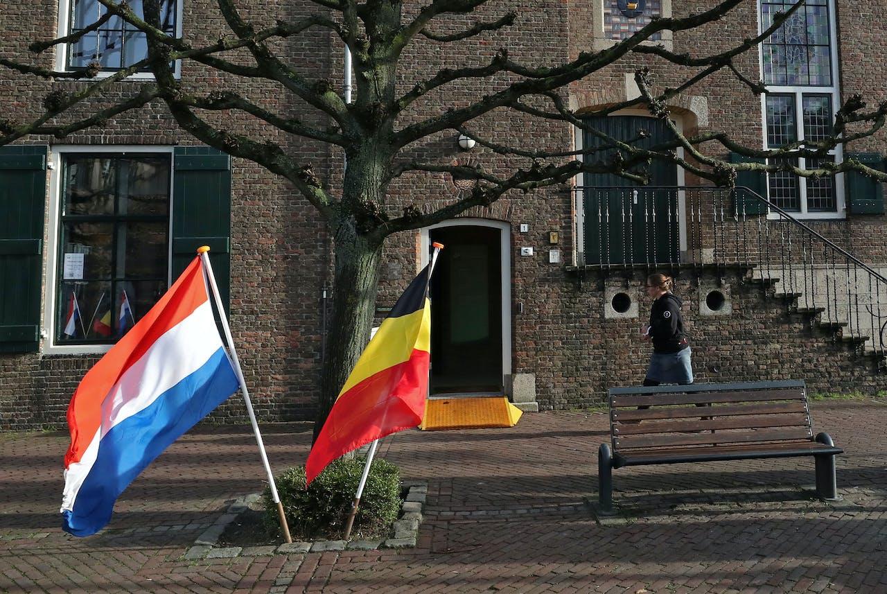 Wel Of Geen Bv.Fiscaal Soelaas Voor Nederlandse Ondernemers Die In Belgie Wonen