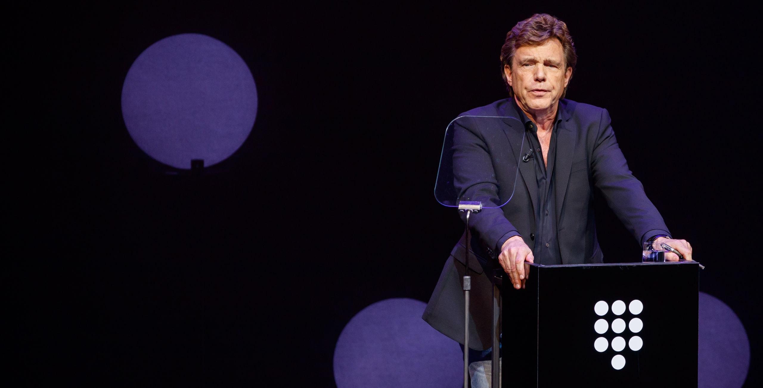 AMSTERDAM - John de Mol tijdens de presentatie van de plannen van Talpa voor SBS in het DeLaMar Theater. ANP KIPPPA LEVIN EN PAULA