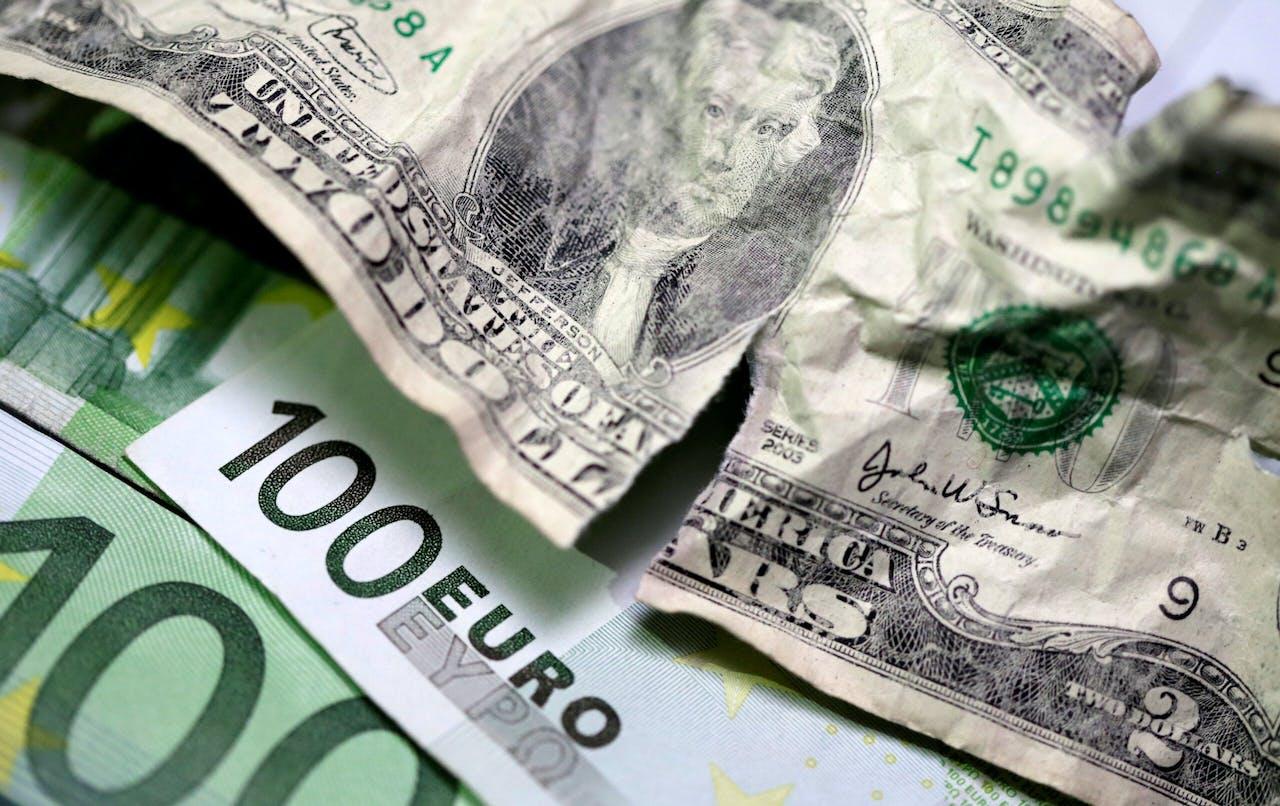 Dollars en euro's.