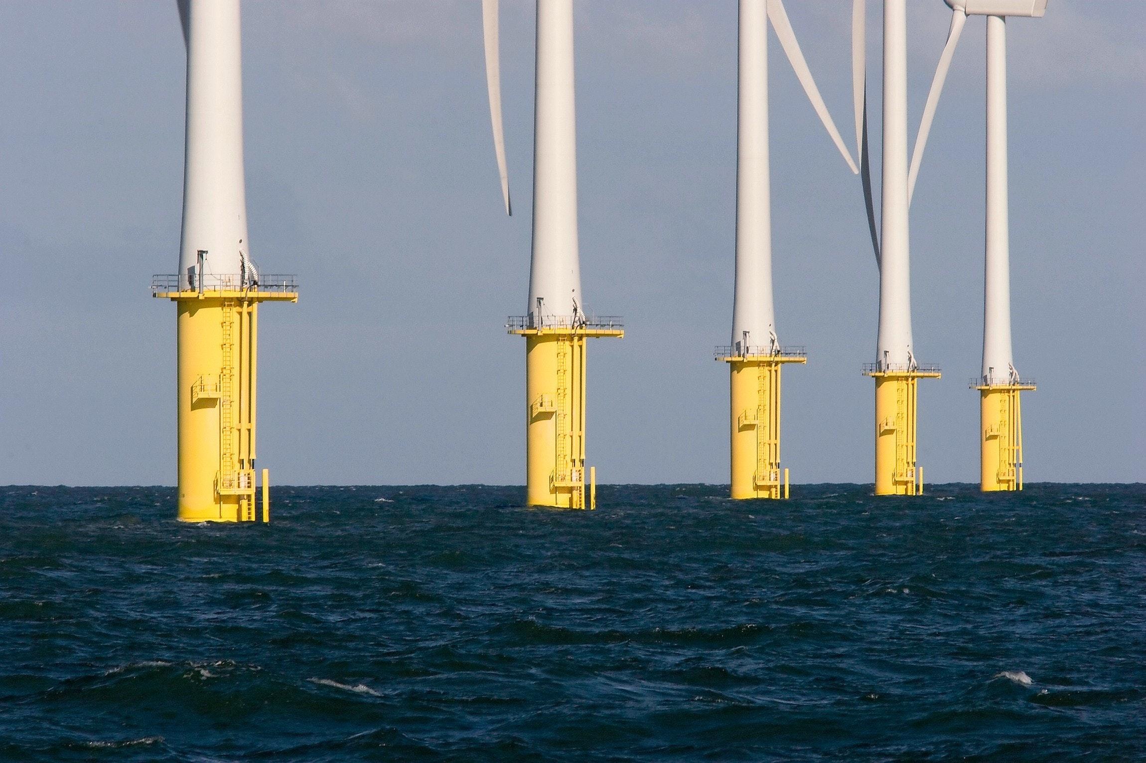 Windmolenpark op zee, Windfarm at sea