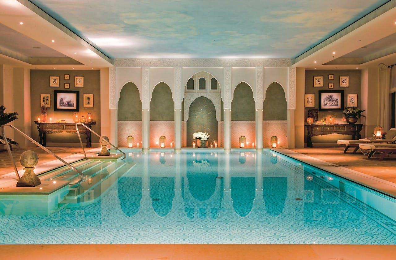De Palazzo Parigi-spa.