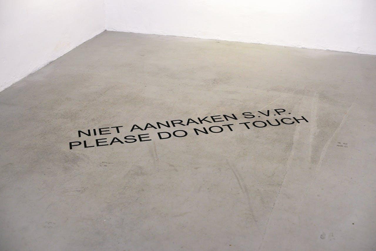 Please Do Not Touch, 2015, Bas van Wieringen.