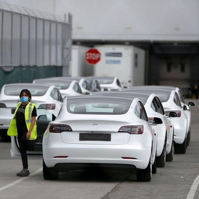 Tesla komt in 's werelds belangrijkste index