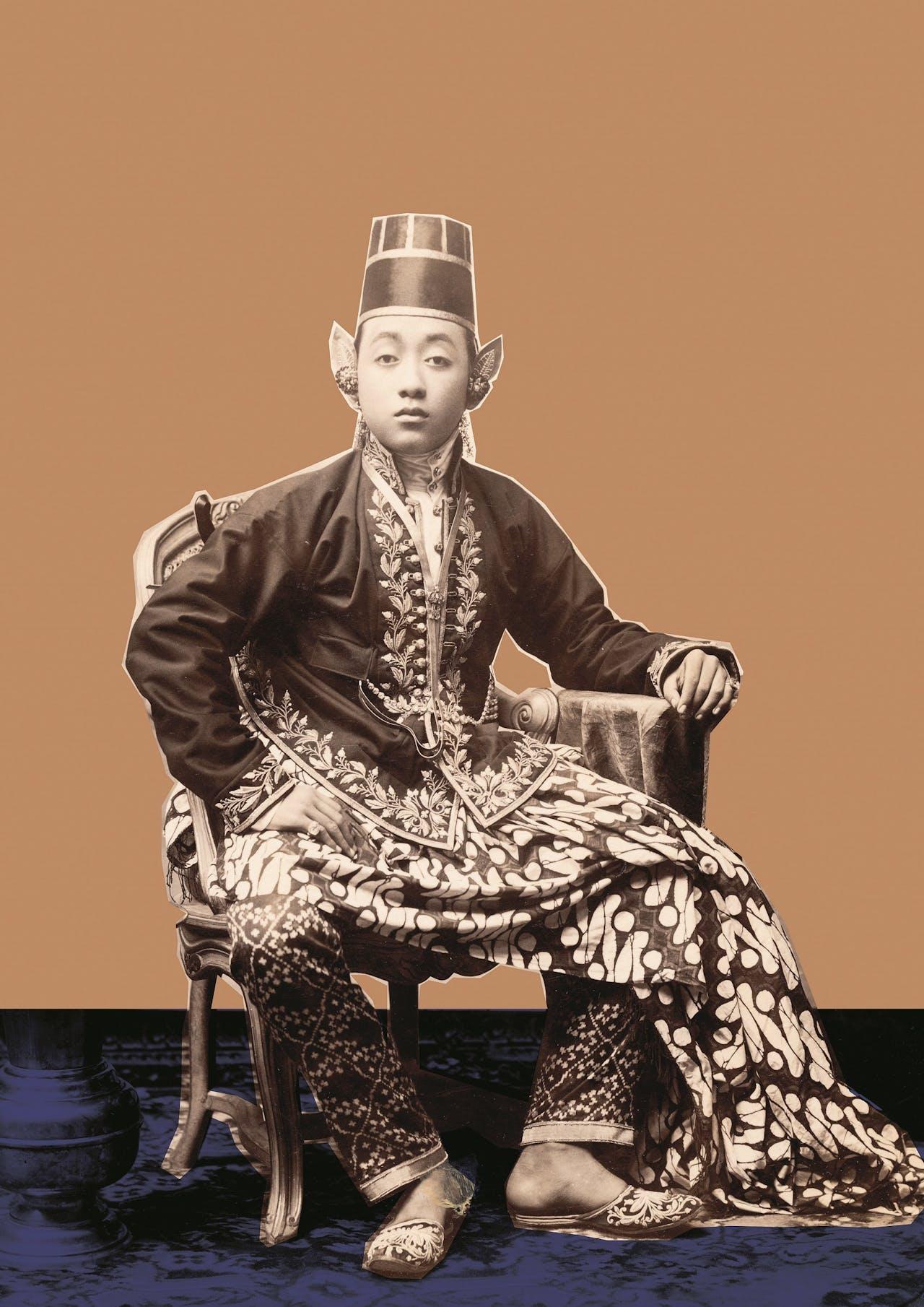 'Little Prince – Ears become a true fetish in body enhancement. Beam me up!' is het commentaar bij deze Javaanse prins uit 1871-1890.